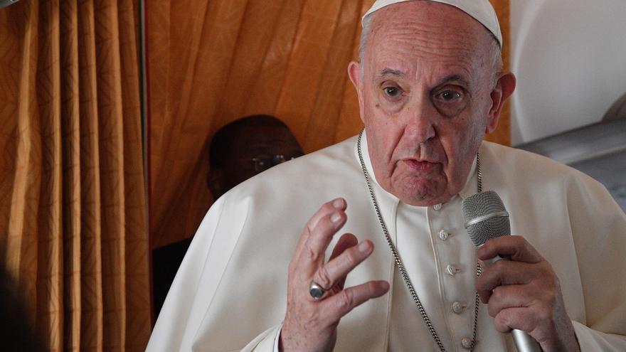 Un obispo que celebró misa con el Papa en Eslovaquia, positivo en covid