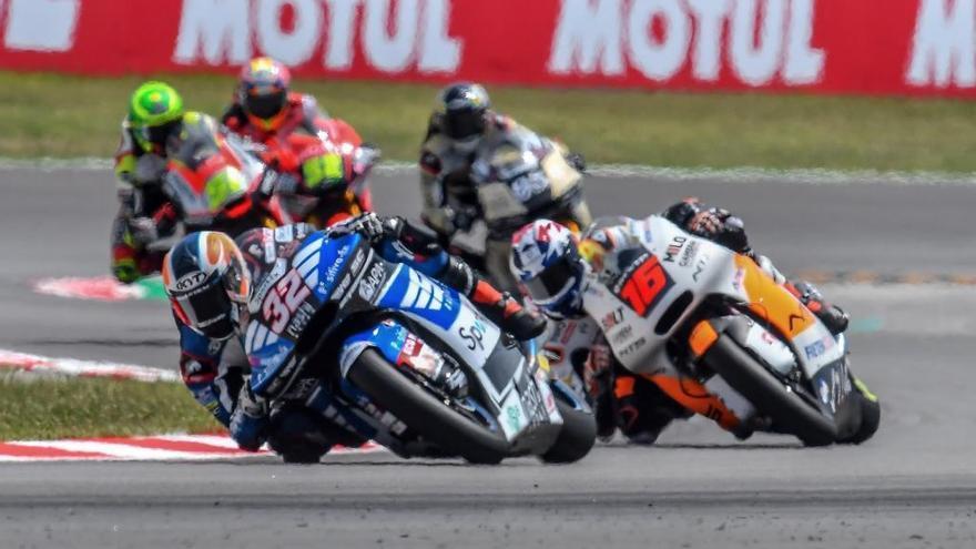 Isaac Viñales abandona a la cursa de Moto2 del GP de Catalunya