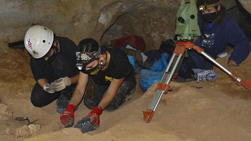 Aparecen restos prehistóricos de un tercer individuo en Formentera
