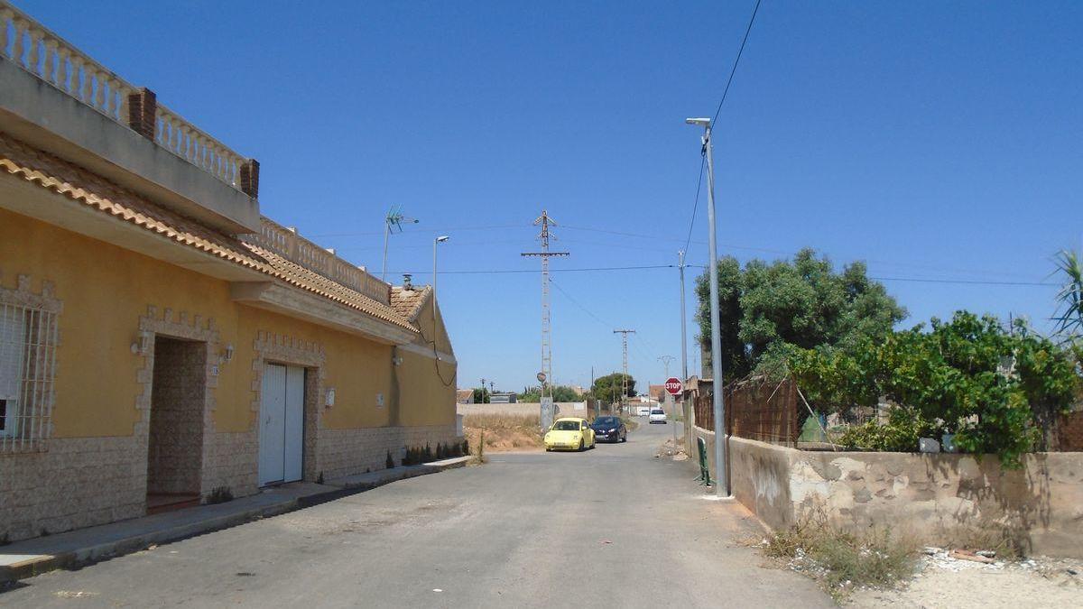 El Ayuntamiento mejora el alumbrado en varias zonas del municipio