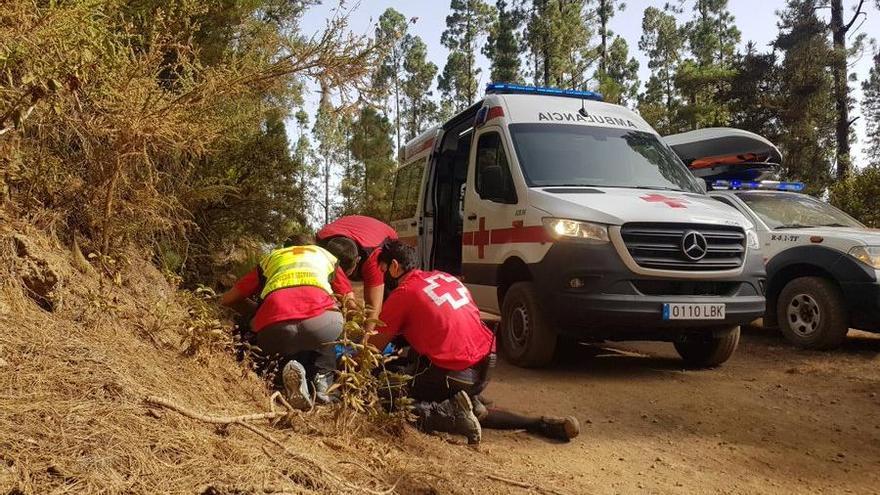 Trasladado en ambulancia tras caerse de su bicicleta