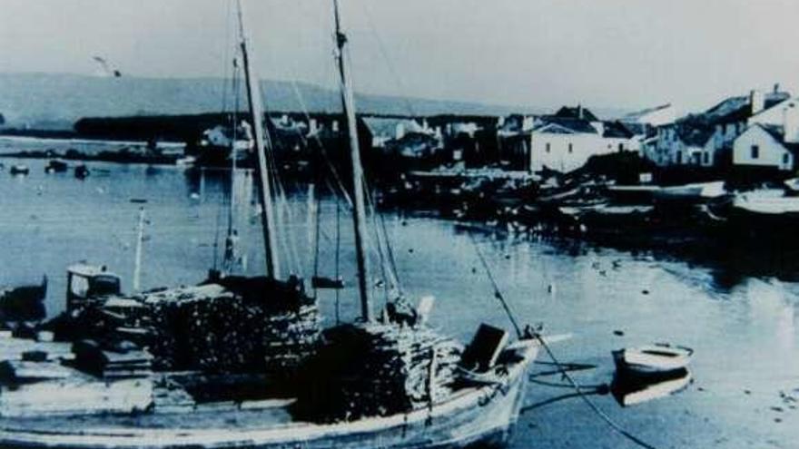 Sueste restaura en O Grove el galeón botado en 1908 para trasladar sardinas, barro y leña