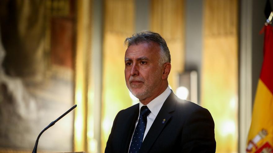 Ángel Víctor Torres insta a no bajar la guardia en Semana Santa