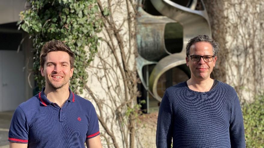 """Un biólogo asturiano descubre la """"cara oculta"""" del genoma humano"""