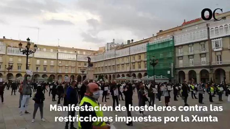 "Cientos de hosteleros protestan en A Coruña: ""Nos sentimos ninguneados"""