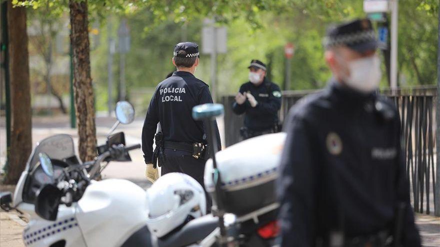 Identificado el conductor que chocó contra un motorista en Trassierra y abandonó el lugar