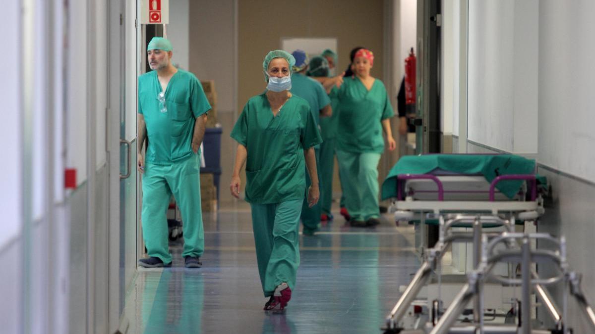 """La suspensión de las prácticas clínicas en la Región agravará """"el déficit de enfermeras"""""""