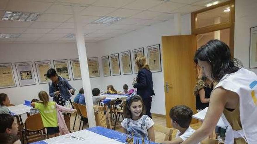 Los niños descubren a Maruja Mallo