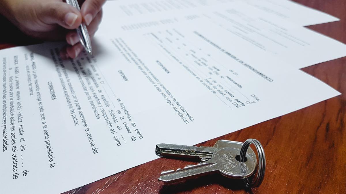 Las hipotecas caen un 42 % en mayo en Baleares por culpa del coronavirus