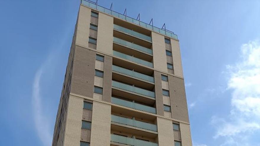 La Sareb activa la venta de pisos en la mayor finca de Tulell casi una década después