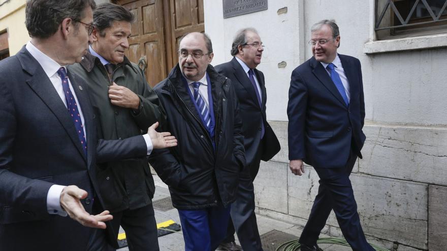 El PSOE desinfla la cumbre de Feijóo sobre financiación tras arremeter contra el Gobierno