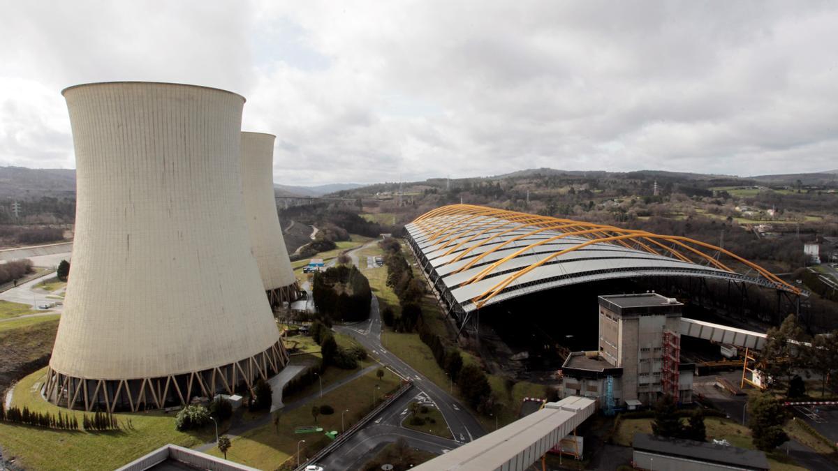 Vista de las instalaciones de la central térmica de Endesa en As Pontes.