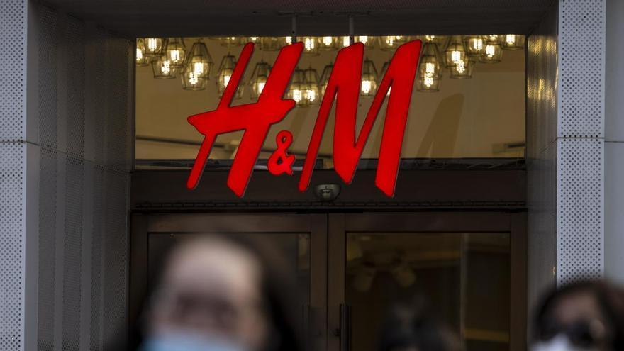 H&M preveu tancar 30 botigues a l'Estat i acomiadar més de 1.000 treballadors