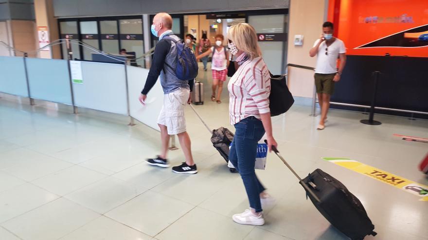 Baleares espera que Reino Unido la incluya en su 'lista verde' de destinos seguros este verano