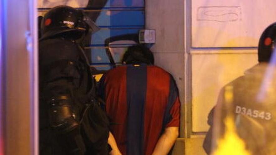 Catorze persones detingudes en un nou episodi de protestes a Barcelona