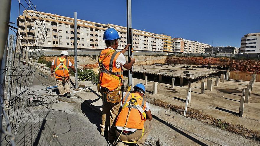 Mercadona inicia las obras en el principal solar comercial del centro de Torrevieja