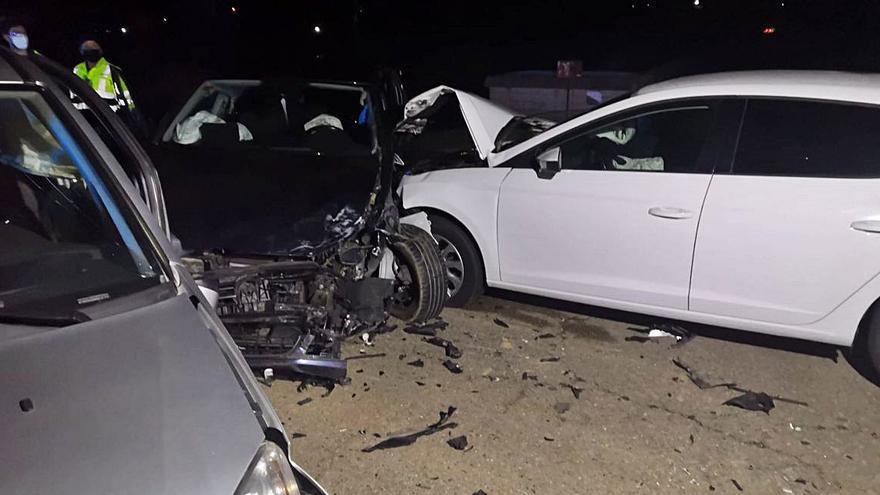 Tres heridas en una colisión múltiple en la N-630, a la altura de San Cristóbal de Entreviñas