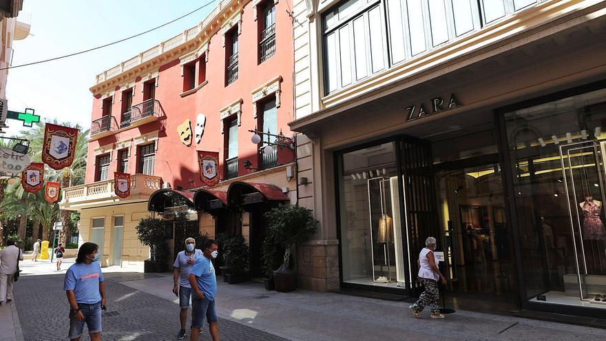 El CEU negocia la compra del edificio de Zara para ganar presencia en el centro de Elche