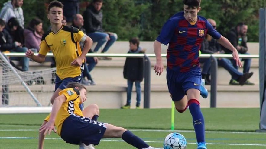 Hugo Alba golea con el Barcelona