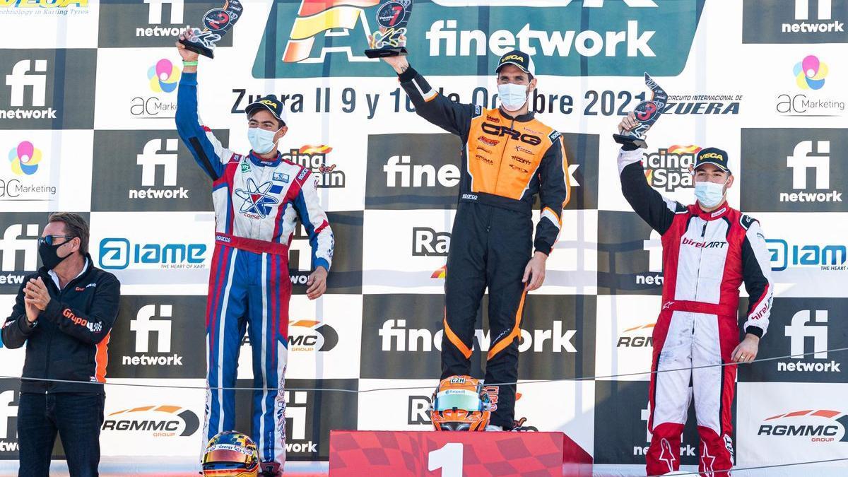 Jaime Alguersuari, at the top of the podium in Zuera.