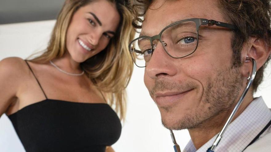 Así ha anunciado Valentino Rossi su próxima paternidad
