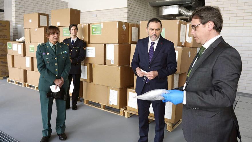 Iberdrola entrega un millón de mascarillas para policías