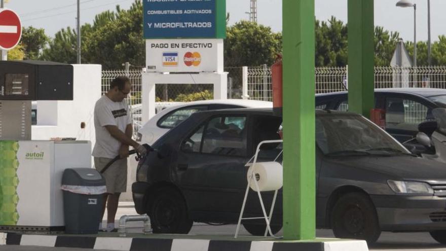 Las gasolineras sin empleados ganan cuota y representan ya el 15 % del total de la C. Valenciana