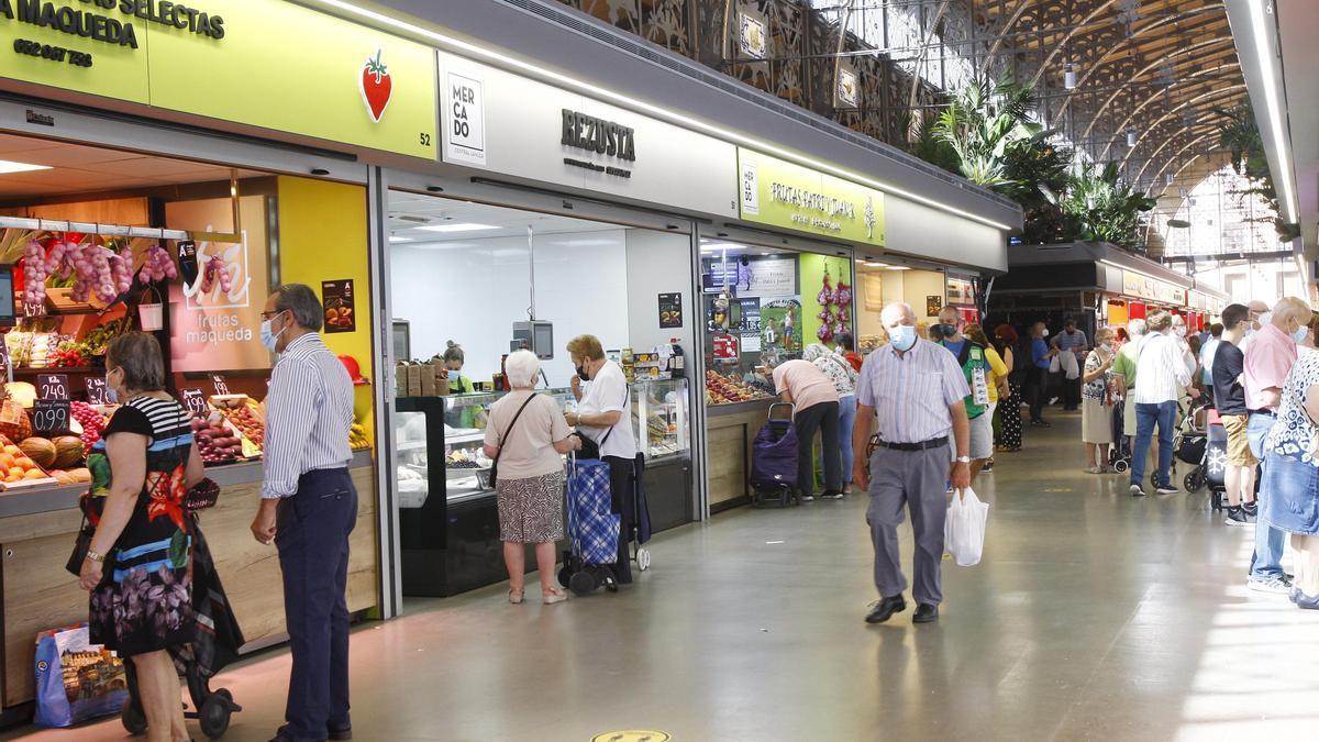 Imagen del mercado central de Zaragoza hace unos días