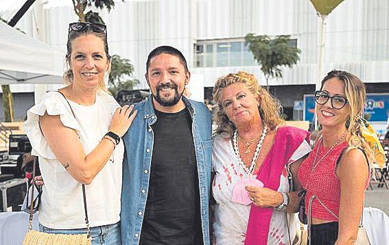 Marga Palmer, Juan Ra Martínez, Margarita Planells y Amanda Dorado.