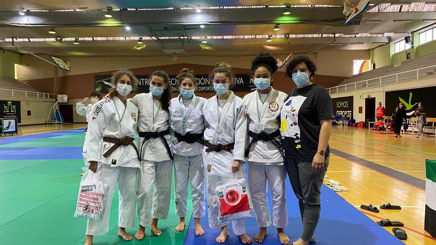 Bronce para la judoca zamorana Miriam Silvares en una cita internacional
