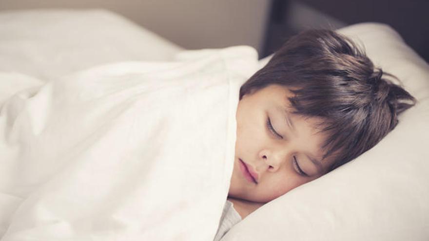La edad de inicio más frecuente de la apnea del sueño infantil es entre los 3 y los 7 años.