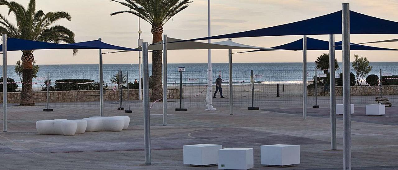 Vista de la plaza, pendiente de abrir en breve.  | TORTAJADA