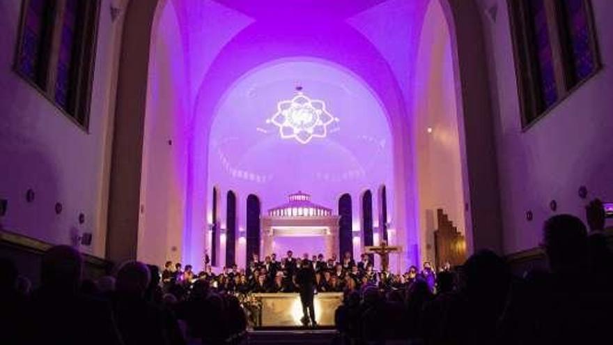 Bogotá aclama al Coro de la Fundación Princesa