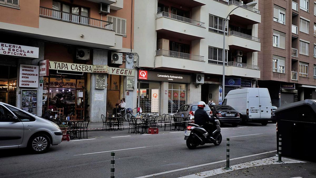 Bar de la calle Médico José Darder de Palma donde un joven suizo protagonizó una agresión homófoba.