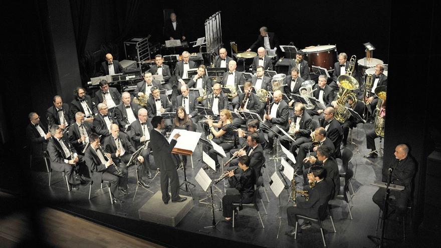 La Banda Municipal de Castelló suena en el Templete del Ribalta