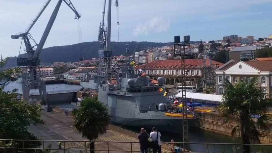 Navantia celebra en Ferrol el amadrinamiento del buque 'Furor' de la Armada española