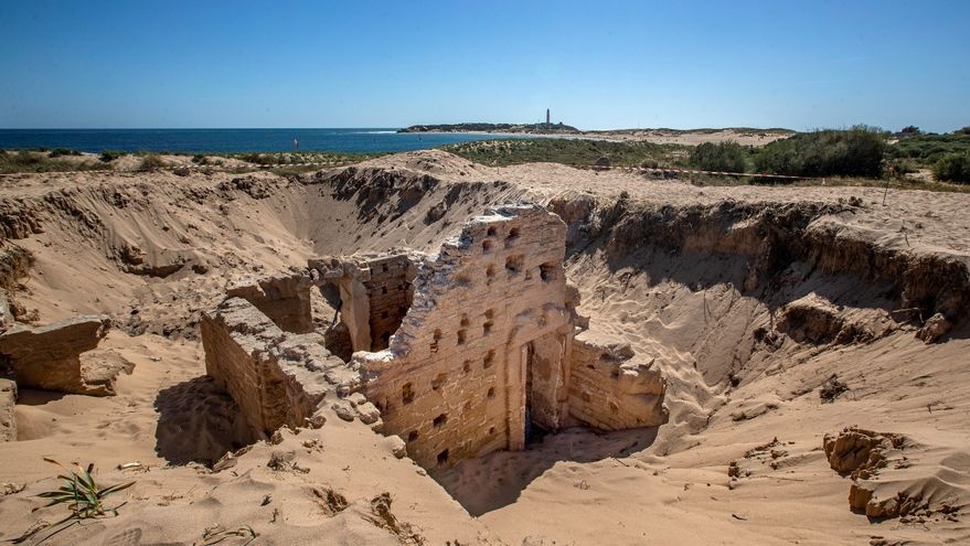 Hallan en la costa de Cádiz unas termas romanas excepcionalmente conservadas