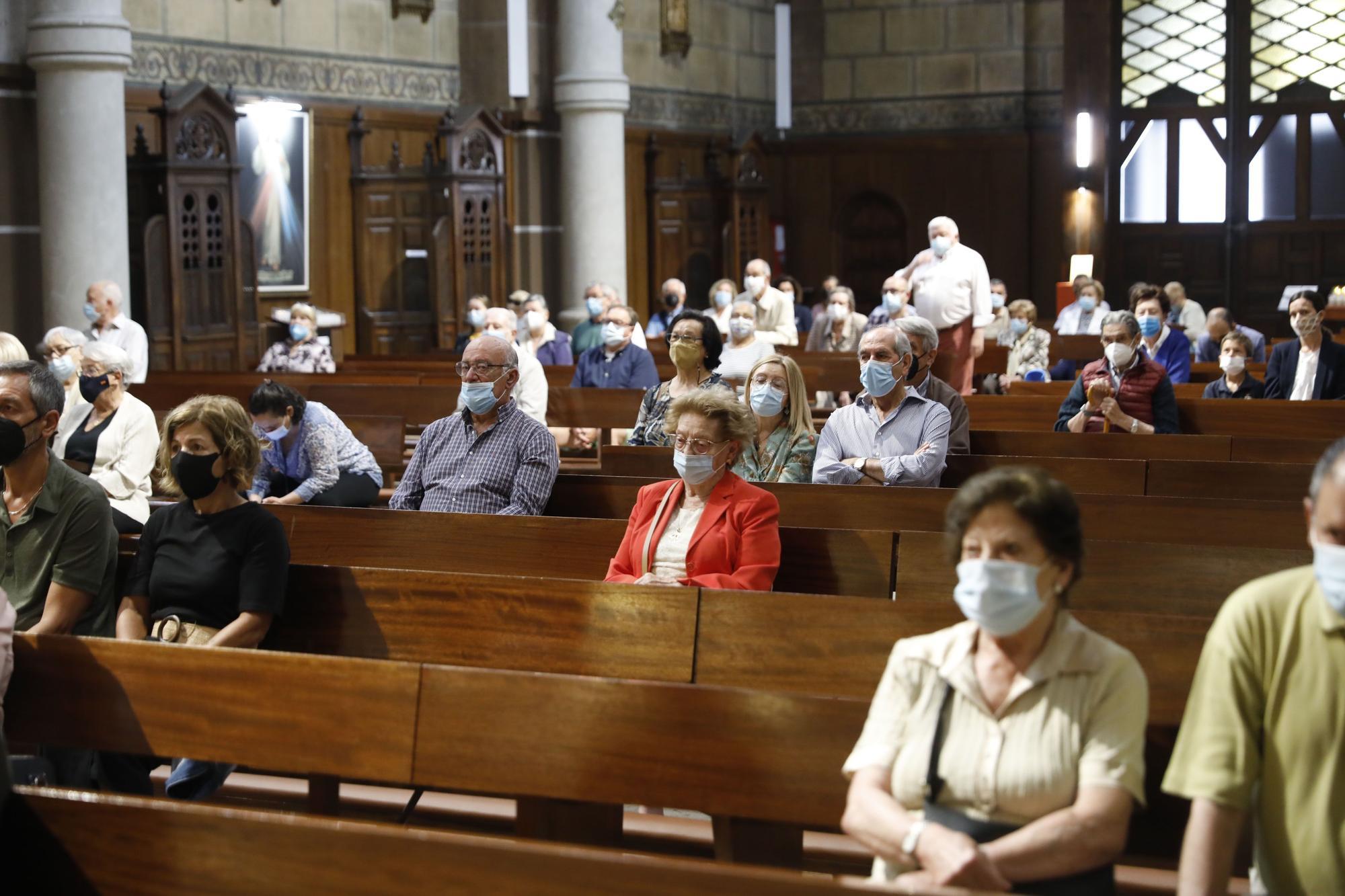 Kike Figaredo pone rumbo a Camboya tras una misa en la Basílica de Gijón