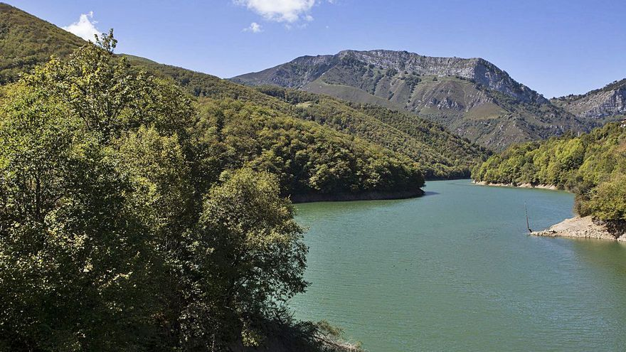 Turismo promocionará el uso lúdico del embalse de Tanes