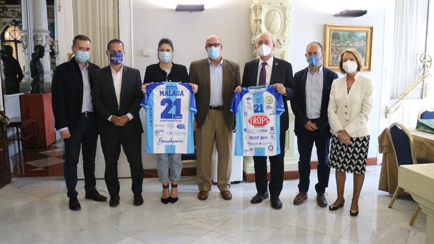 El Trops Málaga visita el Ayuntamiento para presentar su proyecto deportivo y social