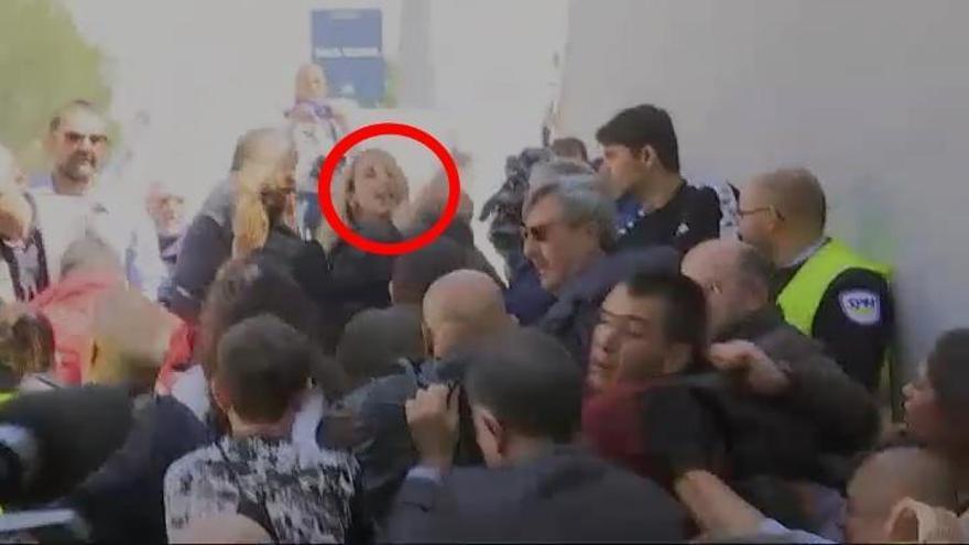 Tensión en un acto de Cayetana Álvarez de Toledo en la Universidad de Barcelona