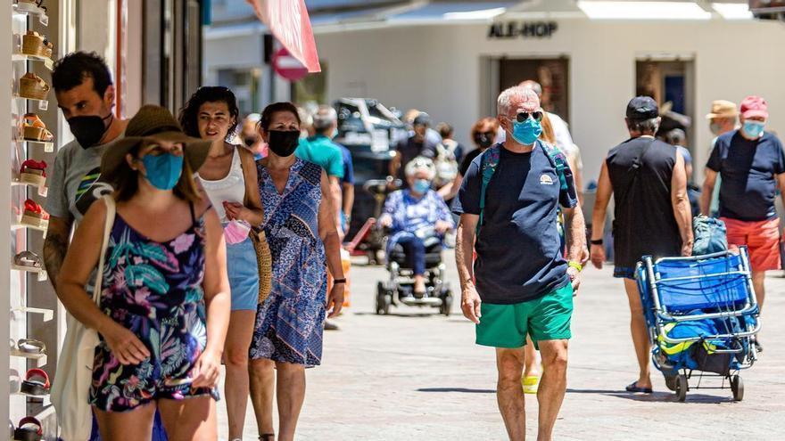 Benidorm impulsará el turismo de compras en ocho áreas comerciales