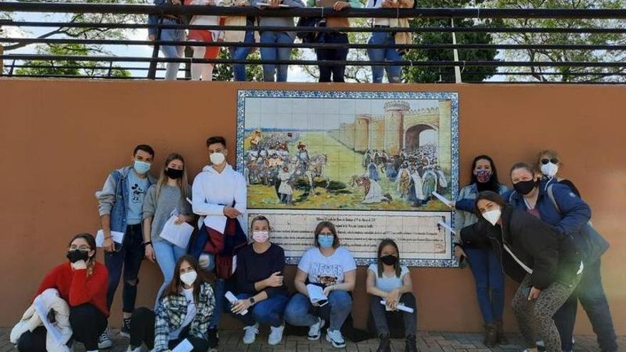 Los alumnos de las Adoratrices de Badajoz ponen en valor el patrimonio