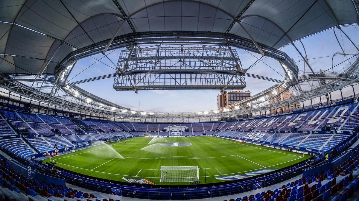 El Levante prevé ingresar 1 millón por abonados pese a ausencia de público