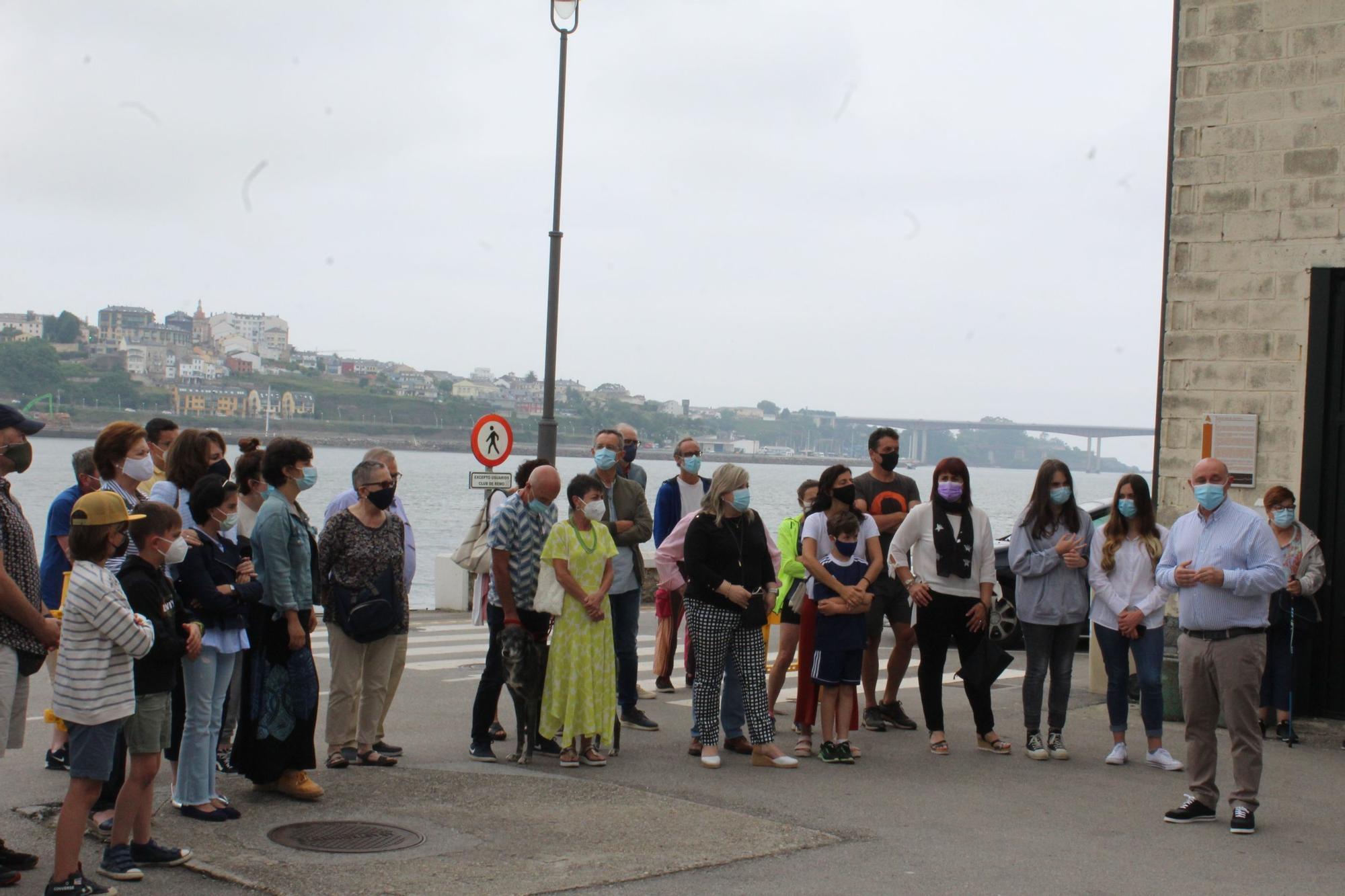 Inauguración del  mural contra la violencia machista en Castropol