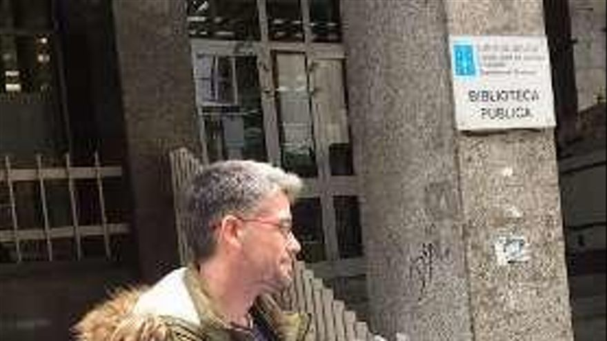 La ANPA de A Uceira entrega 1.551 firmas exigiendo nuevo horario