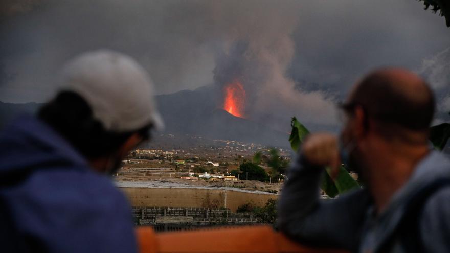 """El director del PEVOLCA pide tranquilidad y dice que """"estamos ante una erupción típica de Canarias"""""""