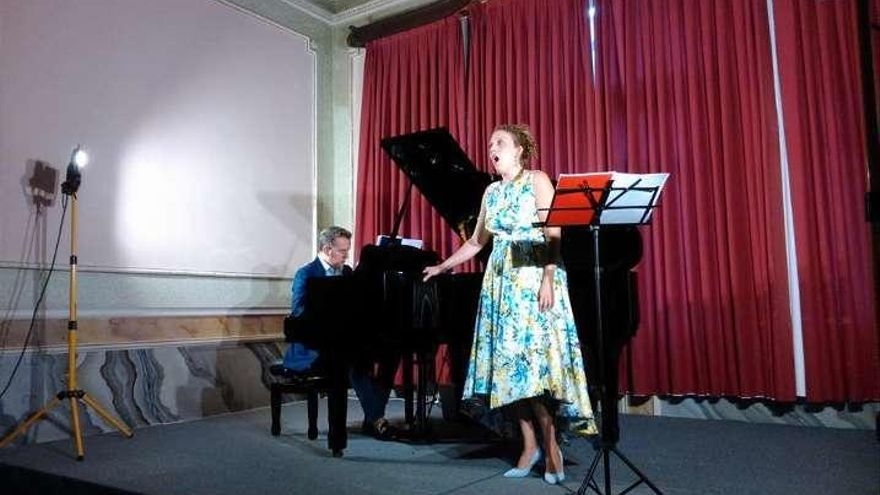 Anaïs Naharro y Sonia Rodríguez cantan por Juan Ramón Jiménez