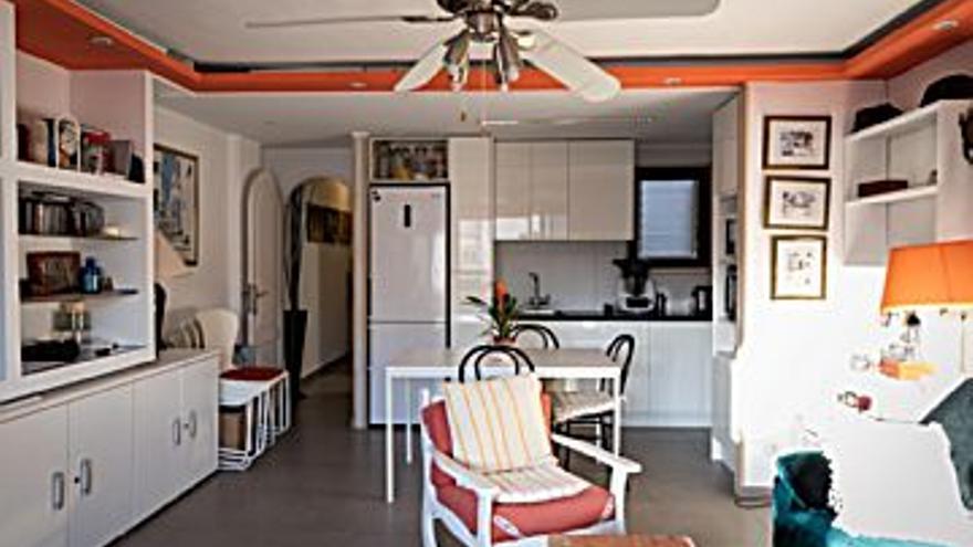 280.000 € Venta de piso en Ibiza 62 m2, 2 habitaciones, 2 baños, 4.516 €/m2...
