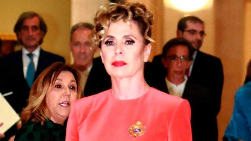 Agatha Ruiz de la Prada tuvo que medicarse tras las fotos de Luis Miguel Rodríguez